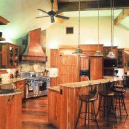 E1 . Kitchen